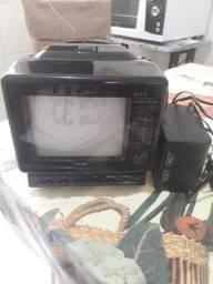 """TV 5"""" colorido e radio fm/am"""