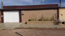Casa 4 Quartos / 1 Suite no Setor Camping Clube; Águas Lindas - GO