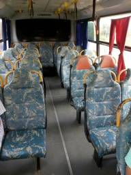 Micro ônibus Marco Polo ano 2000