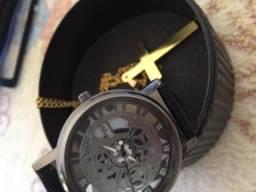 Relógio + colar