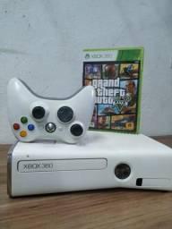 Xbox 360 bloqueado + 3 jogos brindes