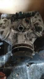 Compressor de ar condicionado do ônibus