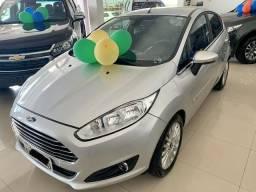 Fiesta Hatch Titanium 1.6 Comp. Automático - 2015