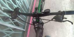 Bike aro 29  quadro 19 toda Shimano