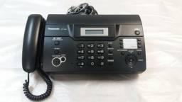 Aparelho de Fax e telefone.