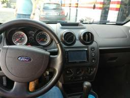 Fiesta Hatch 1.0 2014 completo + couro - 2014