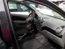Fiat Palio 1.6 Sport. Preta 2014 Flex + GNV Entr: + 48x631,70 - 2014