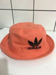 Chapéu adidas