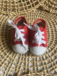 Tênis estilo AllStar vermelho para bebês (NOVÍSSIMO)