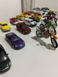 Coleção miniaturas carros e motos