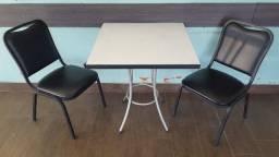 Título do anúncio: Mesas e cadeiras