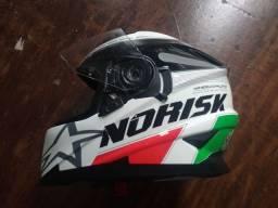 Título do anúncio: Capacete Norisk Grand Prix Italy, com viseira Solar