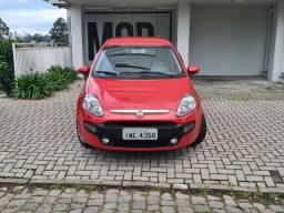 Título do anúncio: Fiat Punto Attractive 1.4 manual 2015