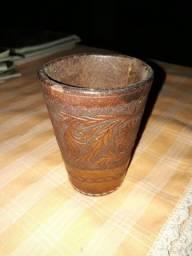 Belo copo de couro