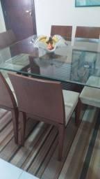 Mesa de jantar 8 cadeiras e sofa