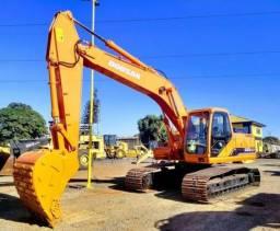 Escavadeira Hidráulica 225lcv