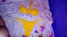 Bikini novo amarelo tipo de crochê