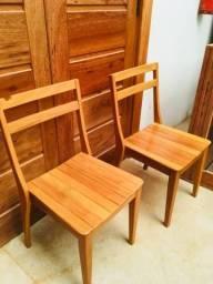 Cadeira em madeira maciça Peroba Mica