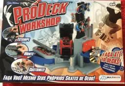Brinquedo Fábrica de Skate de Dedo