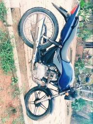 Troco moto num carro - 2009