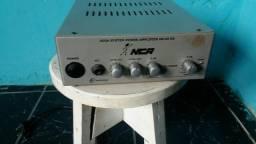 Amplificador NCA só o filé tudo funcionando só 200$