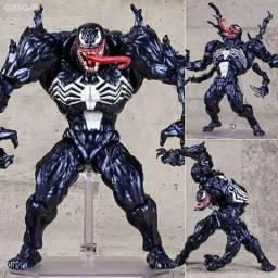 Venom Revoltech 18 cm
