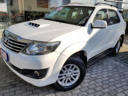 TOYOTA HILUX SW4 3.0 SRV 4X4 7 LUGARES 16V TURBO INTERCOOLER DIESEL 4P AUTOMA. - 2015