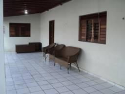Casa Praia Pitangui, Perto da Praia, 4 Quartos, Mobiliado, Piscina, Churrasqueira,