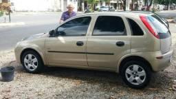 Carros leia anúncio - 2005