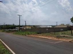Alugo terreno comercial na avenida Andradina