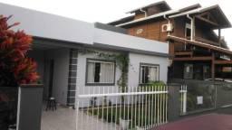 RB- Casa com 3 dormitórios no Rio Vermelho!