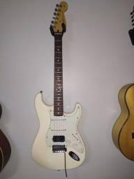 Título do anúncio: Guitarra Fender Mexicana
