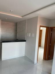 Apartamento com excelente acabamento em Mangabeira !! 8243