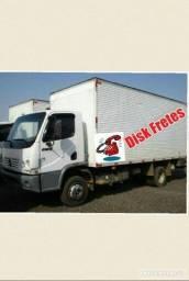 Caminhão baú de fretes e mudanças