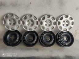 Título do anúncio: Rodas de ferro com calotas originais Peugeot