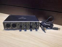 Placa de áudio behringer umc 204 Hd