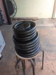 100 kg de anilhas vazada  de ferro .