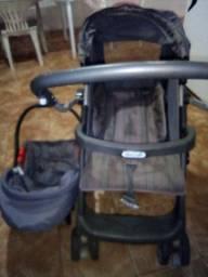 Bebê conforto e carrinho de bebê