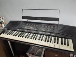 Teclado Yamaha PSR 37