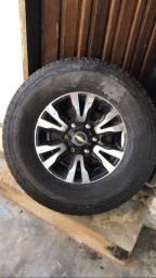 Roda aro 16 c pneu zero 265/70/16