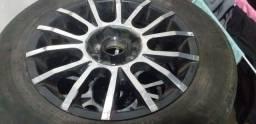 Roda aro 15 com pneu