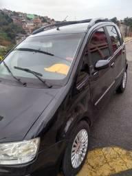 Carro Fiat Idea completo