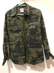 Três casacos por R$ 100,00