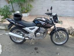 Vendo moto cbx 250 valor 4.300