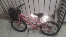 Bike Aro 20 feminina infantil  ,em perfeito estado