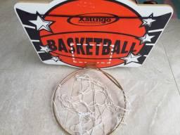 Cesta de basquete nova