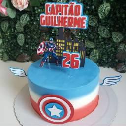 Ateliê do bolo fazendo a festa
