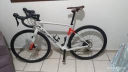 Título do anúncio: Bicicleta Specialized Diverg