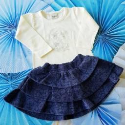 Conjunto saia e blusa azul marinho e palha