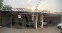 Casa 2 Quartos, com garagem no Parque Amazonas